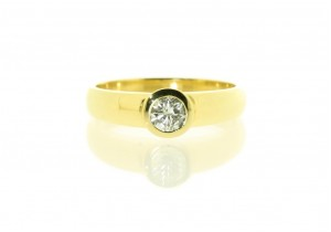 18ct Yellow Gold Rub Over Diamond Ring II