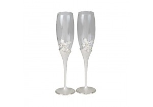 Pair of Champagne Flutes with Butterflies